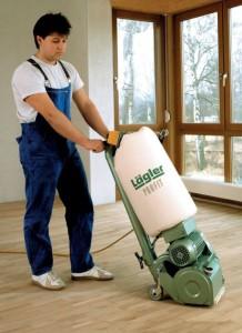 Die Walzenschleifmaschine 'Profit' ist ein professionelles, sauber arbeitendes Gerät.